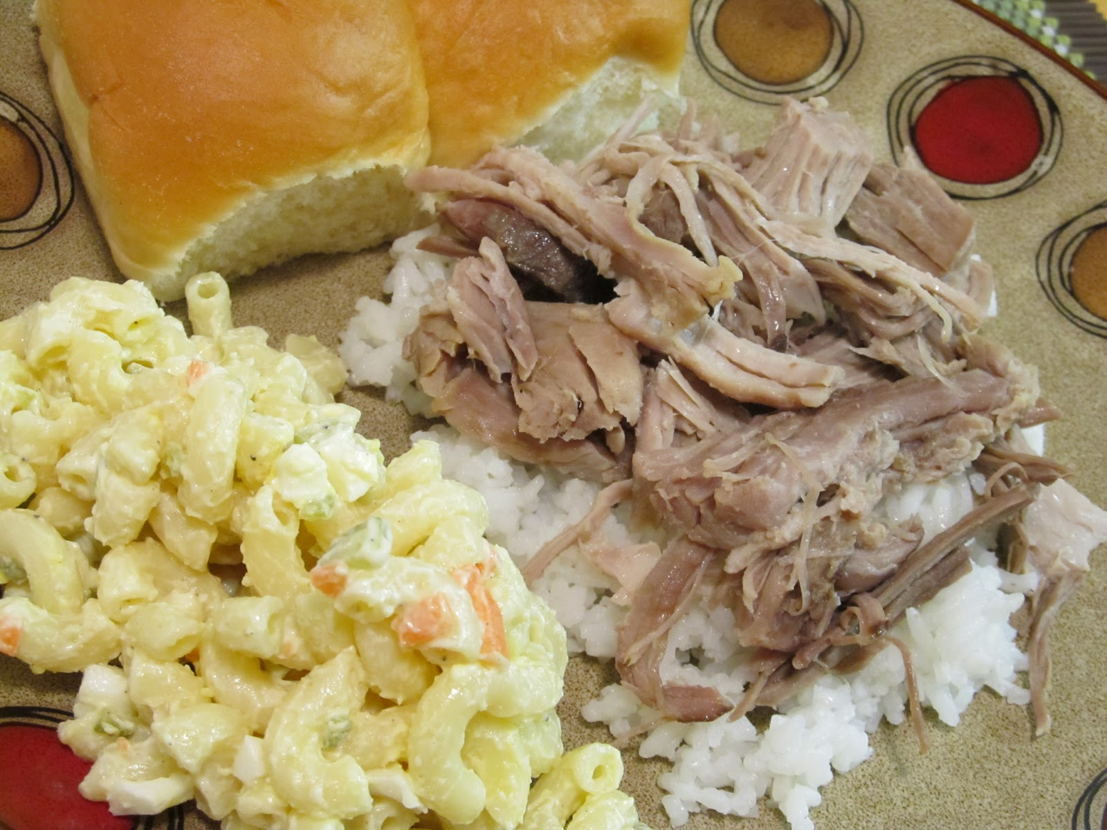 Jenn's Food Journey: Hawaiian Pulled Pork with Macaroni Salad