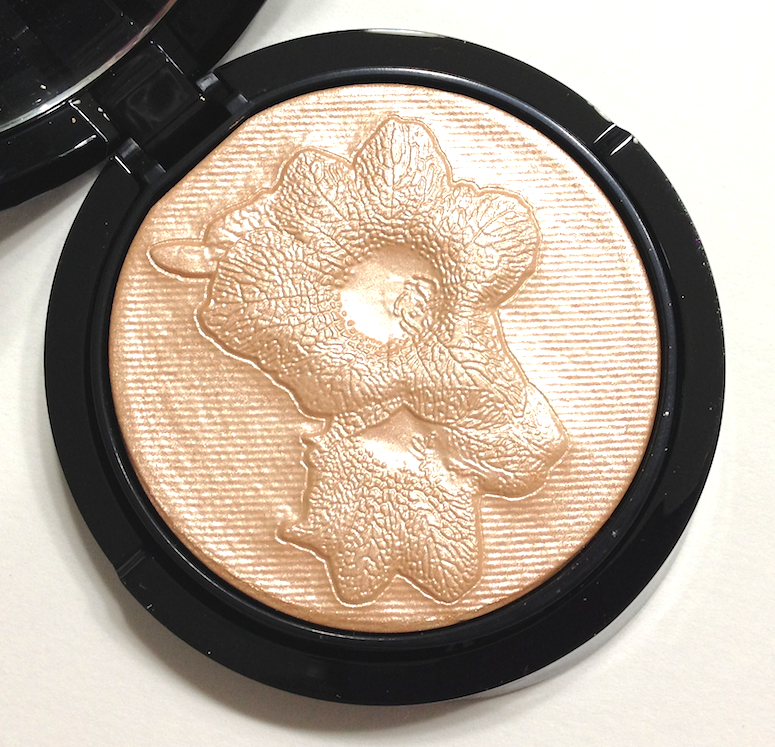 Giorgio Armani Belladonna Palette Highlighter