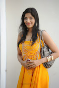 actress pragathi hot photos in yellow-thumbnail-3