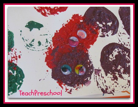 photo of: Monster Paintings from Teach Preschool (via Monster RoundUP with RainbowsWithinReach)