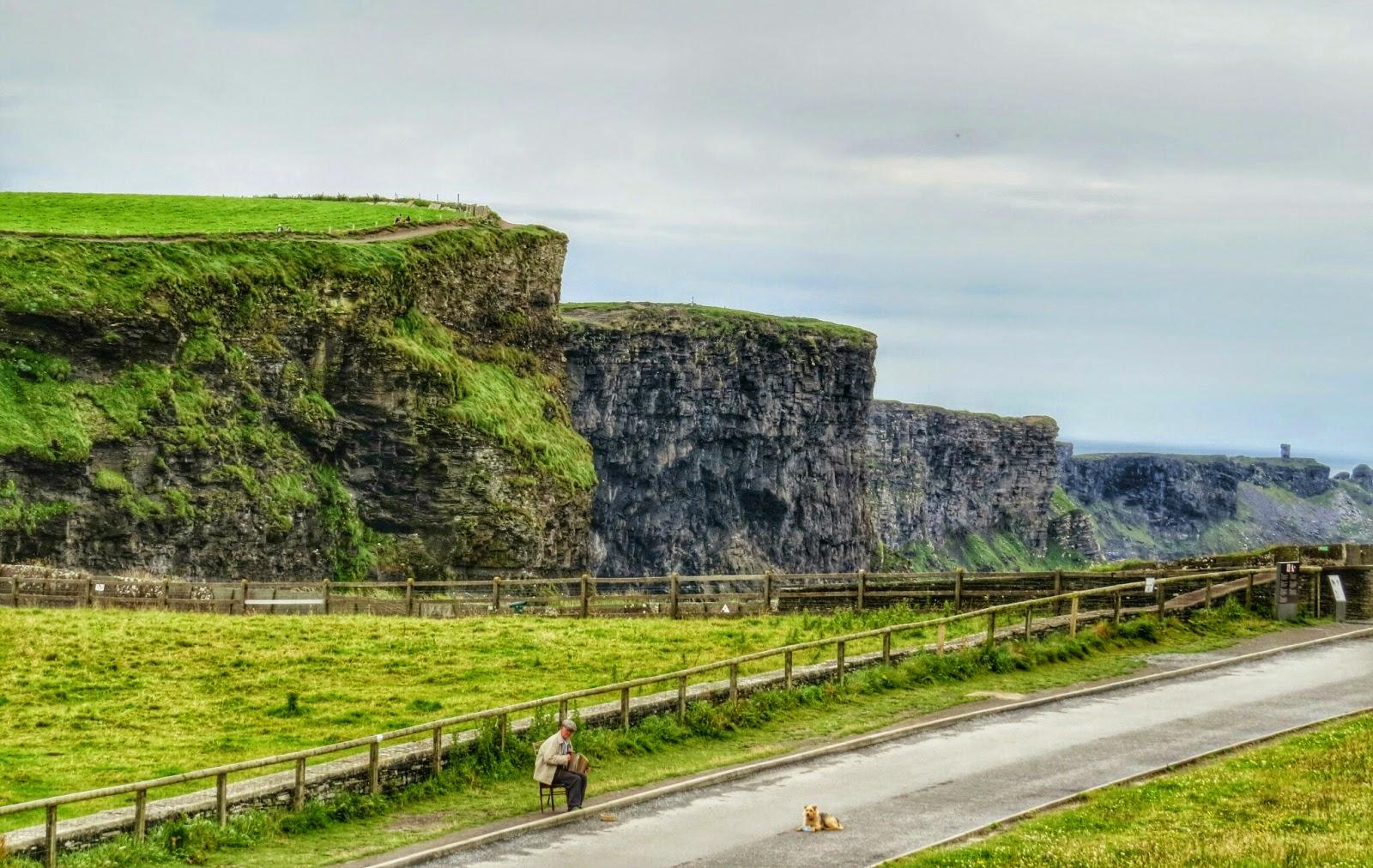 Cliffs of Moher Busker
