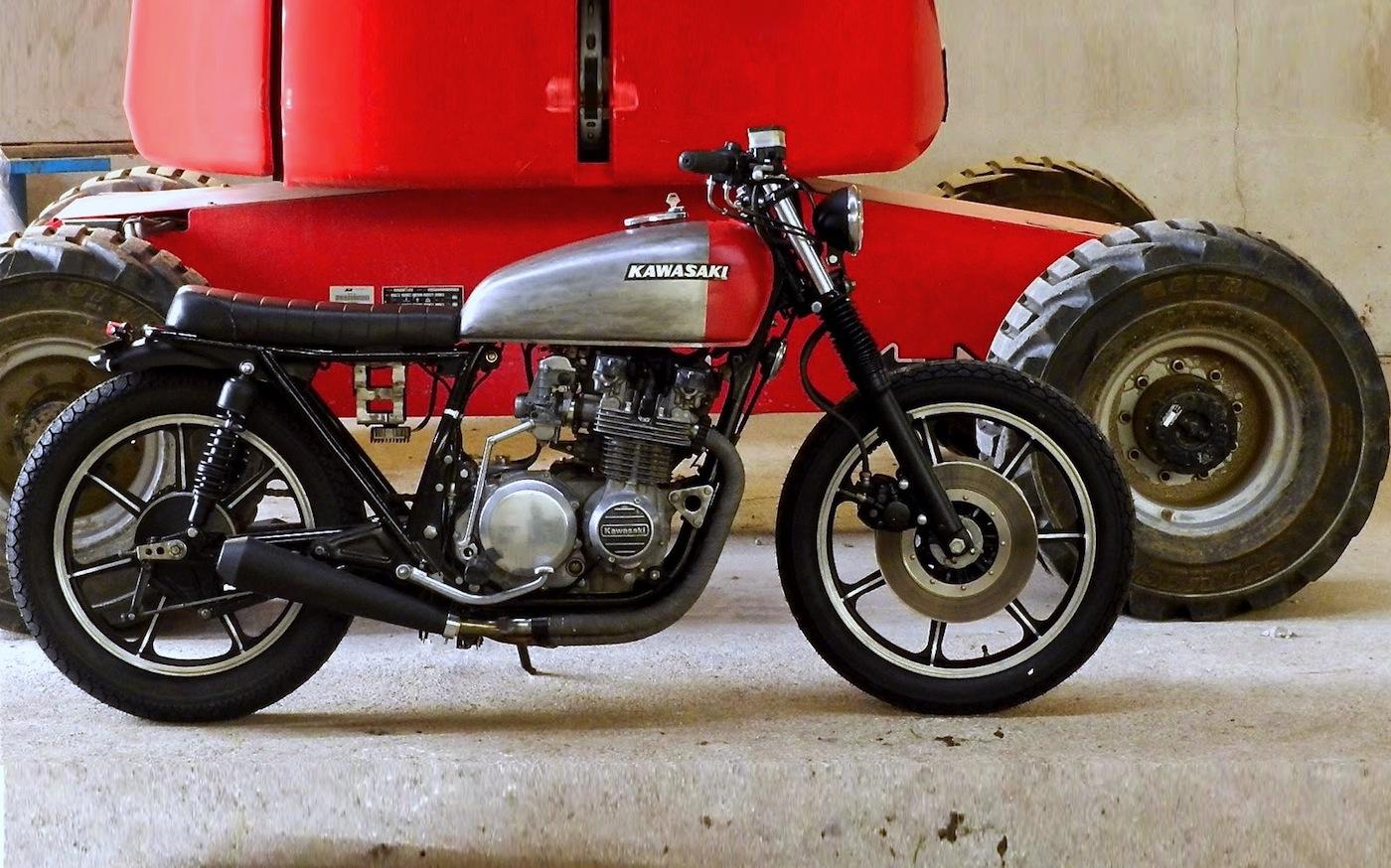 MVill Z650 | Inazuma café racer