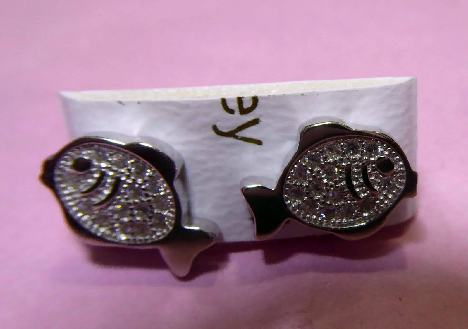 Pendientes de plata con forma de pez