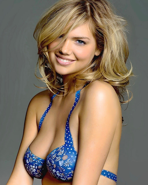 Kate Upton- BIG BOOBS SLUT STRIPTEASE TO REVEAL HER CLEAVAGE, SEDUCE A DUDE