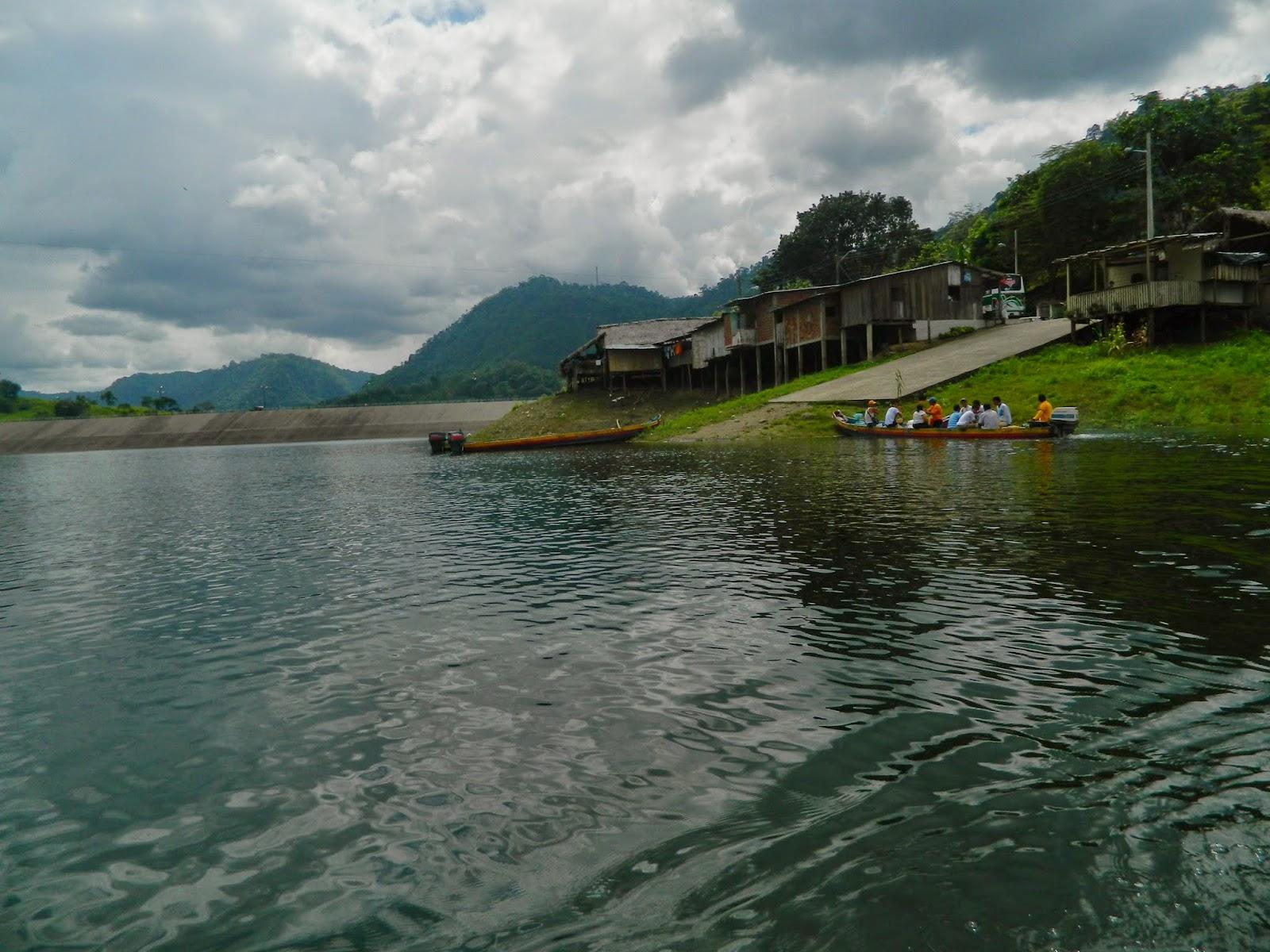 The lake Poza Honda near to Santa Ana Sucre