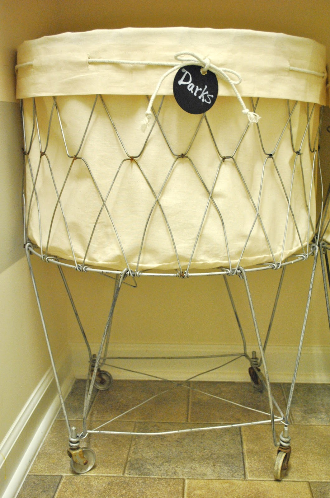 How to Make a Laundry Cart Liner