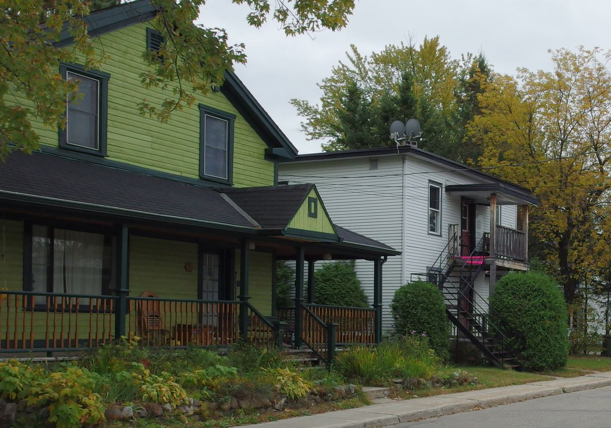 urban kchoze porches front yards and the north american way of