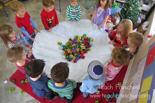 Christmas Party Ideas For A Small Group : Ourhomecreations free preschool lesson unit five senses