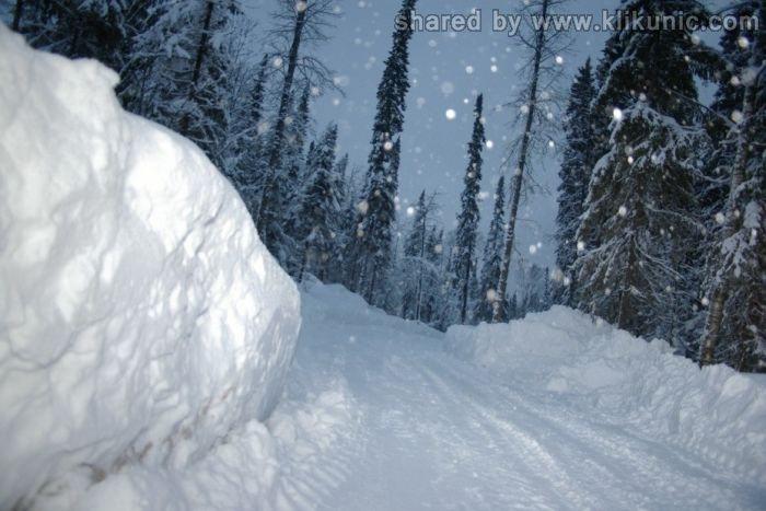 http://3.bp.blogspot.com/-eqFrDiSXpRM/TXNbJJnZYPI/AAAAAAAAP90/3RcY3yfs8_Q/s1600/winter_13.jpg