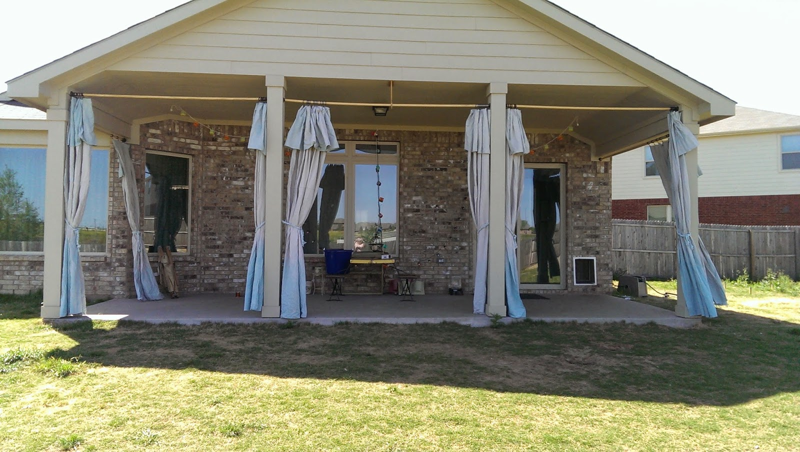 Drop cloth curtains dyed - I Have Been Wanting To Do This Project For Some Time Now I Recently Saw A Blog Posting On Making Curtains Out Of Drop Clothes And I Wanted To Put My Own