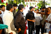Varun tej Debut Movie Opening Event Photos-thumbnail-15