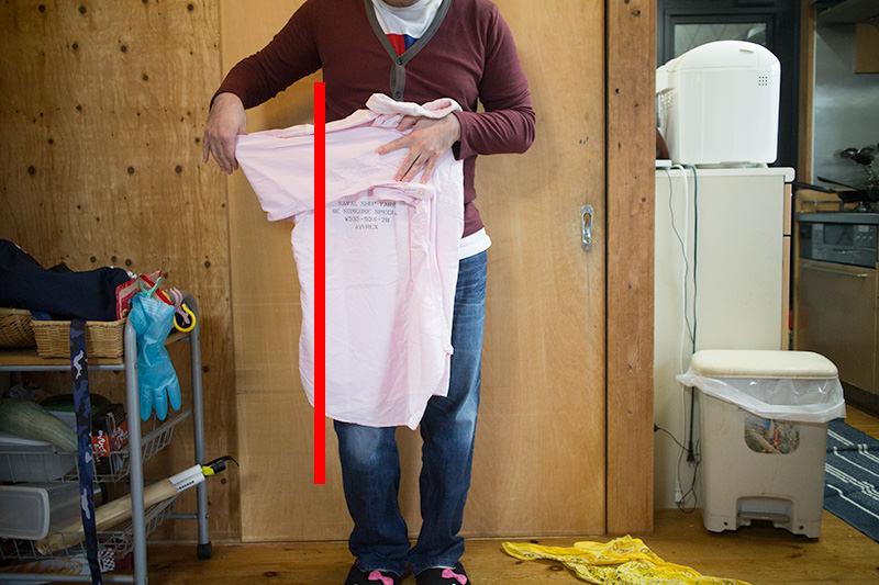 UNIQLO式シャツの畳み方 ユニクロはこうやってやっている こうやって