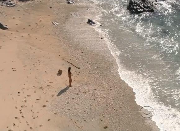 Survivor RC Saint Amour Beach