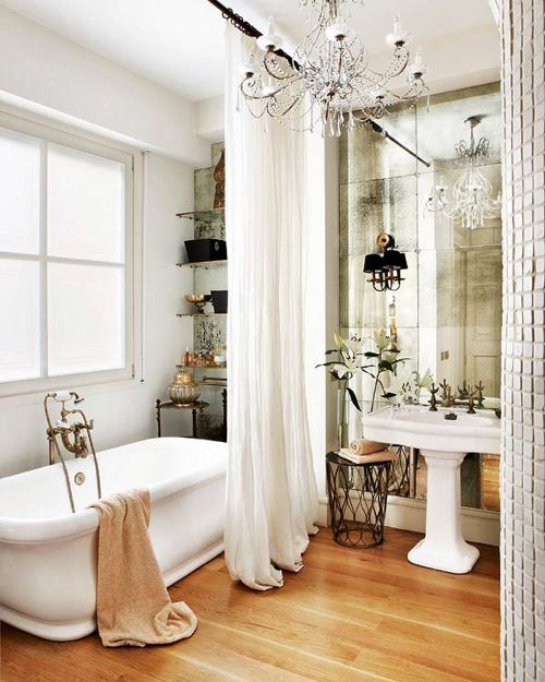 Haus Design: Antiqued Mirrors: Beautiful Decorating Ideas