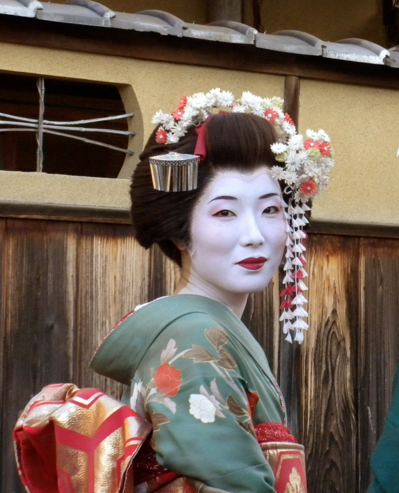 Etiquipedia Japanese Etiquette Customs And Manners