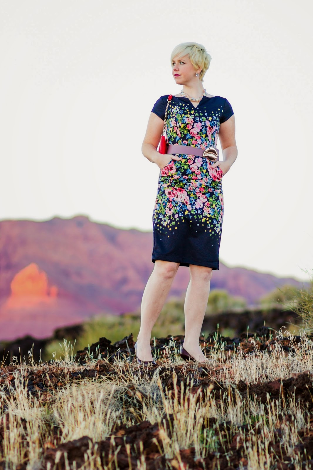 knee legnth, lava rock, red rock, mountains, southern utah, st george, utah, kate spade, belt, blonde, pixie