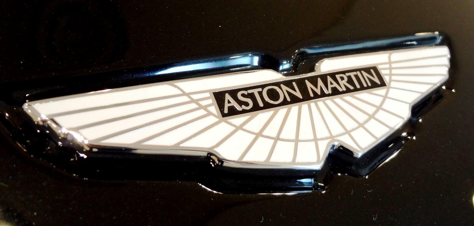 ASTON MARTIN  知ってそうで知らない外車のエンブレム!有名車