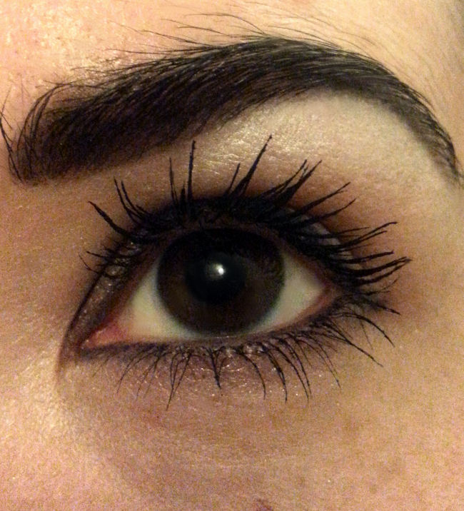 ac105372523 Overall, YES, I am really enjoying using this mascara. It does everything I  want and expect from a mazzy - lovely long fluffy lashes!