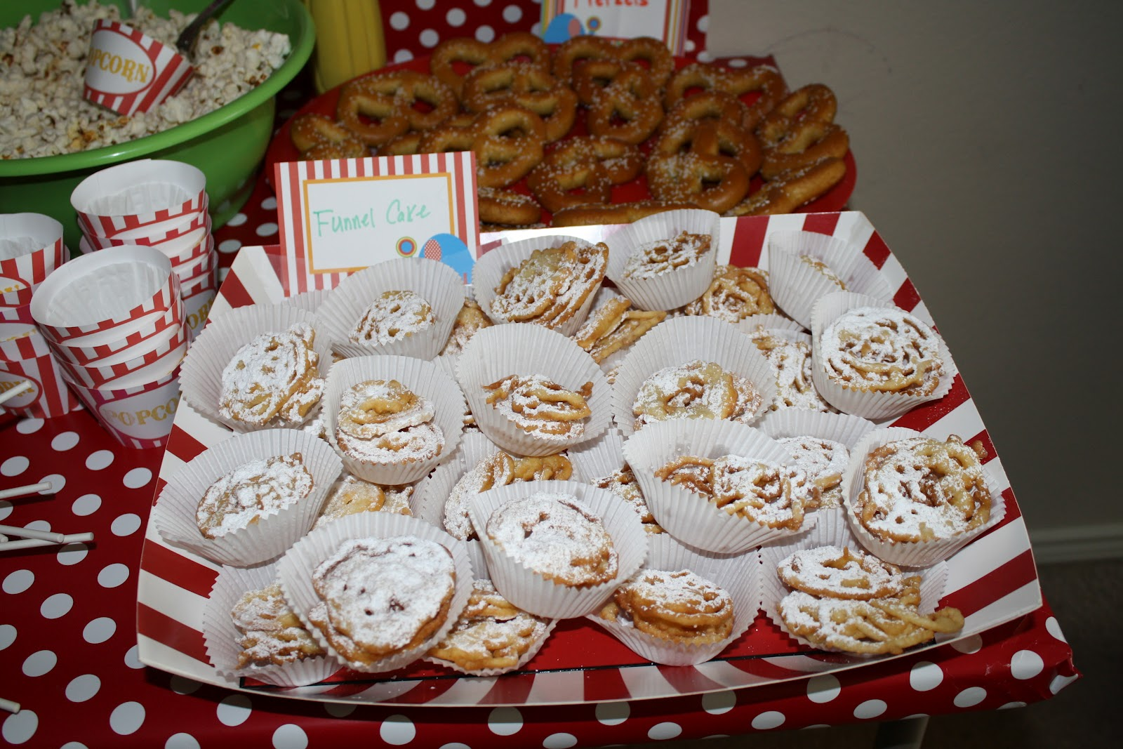 Carnaval Funnel Cakes