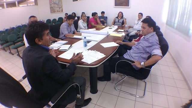 Prefeito de Coari e UFAM debatem projetos científicos para o setor primário
