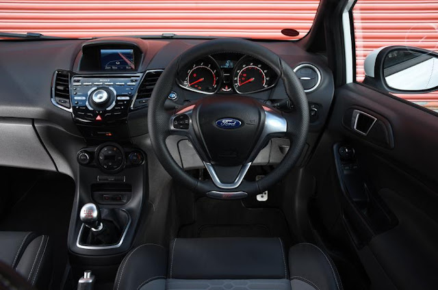 2015 Ford Fiesta ST3