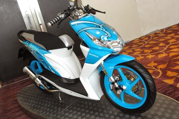 Modifikasi Honda Beat Biru