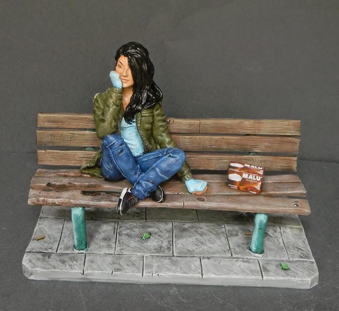 statuetta ragazza personalizzata panchina idea regalo compleanno orme magiche