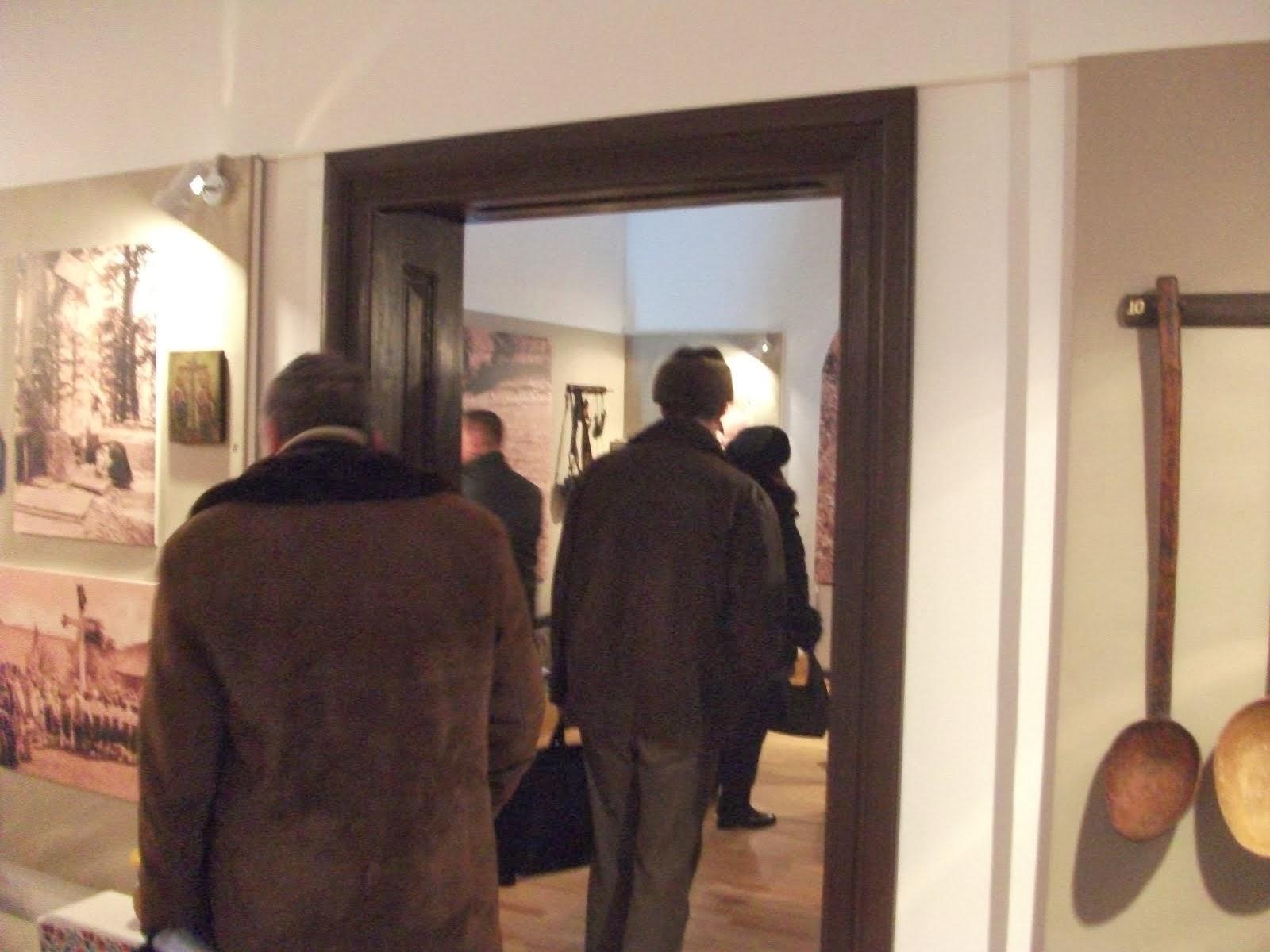 Aspecte din vizita la Muzeul de Etnografie - Piatra Neamţ, a profesorilor-metodişti, 4.02.2014...