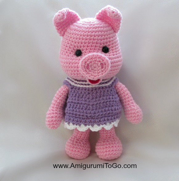 Pigs and Dresses ~ Amigurumi To Go