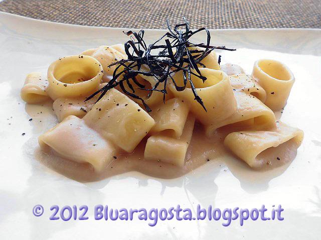 calamarata con fonduta di cipolle