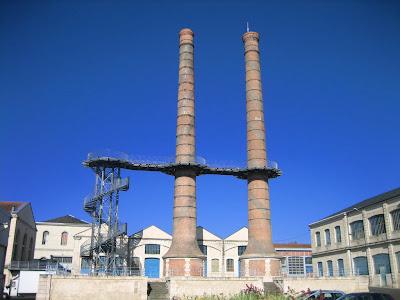 Châtellerault cheminées de l'ancienne Manufacture d'armes
