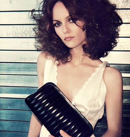Vanessa Paradis Hair 17
