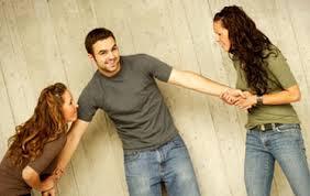 Penyebab Wanita Bisa Tergila-gila Pada Seorang Pria