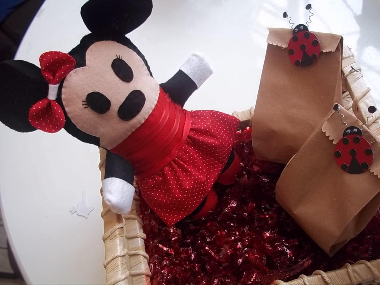 festa jardim da clarilu : festa jardim da clarilu:abá Festas: Minnie em feltro para festa da O Jardim encantando da