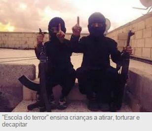"""Vídeo: """"Escola do terror"""" ensina crianças a atirar, torturar e decapitar"""
