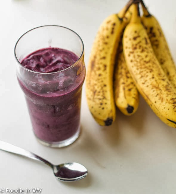Mango, Berry and Banana Smoothie