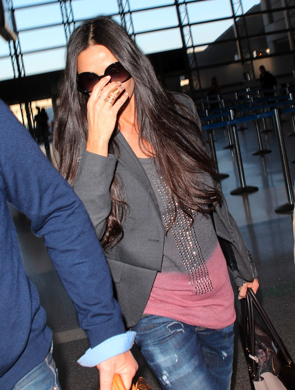 Demi Moore at Los Angeles Airport