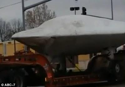 UFO diangkut truk kansas