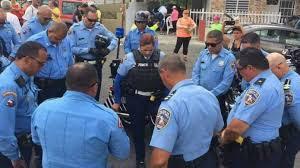 APOYAMOS TOTALMENTE AL SARGENTO SALVADOR PADILLA DE LA POLICIA DE PUERTO RICO