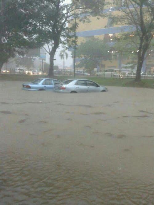 kuantan%2Bbanjir%2B1 Terkini: Kuantan Banjir Teruk