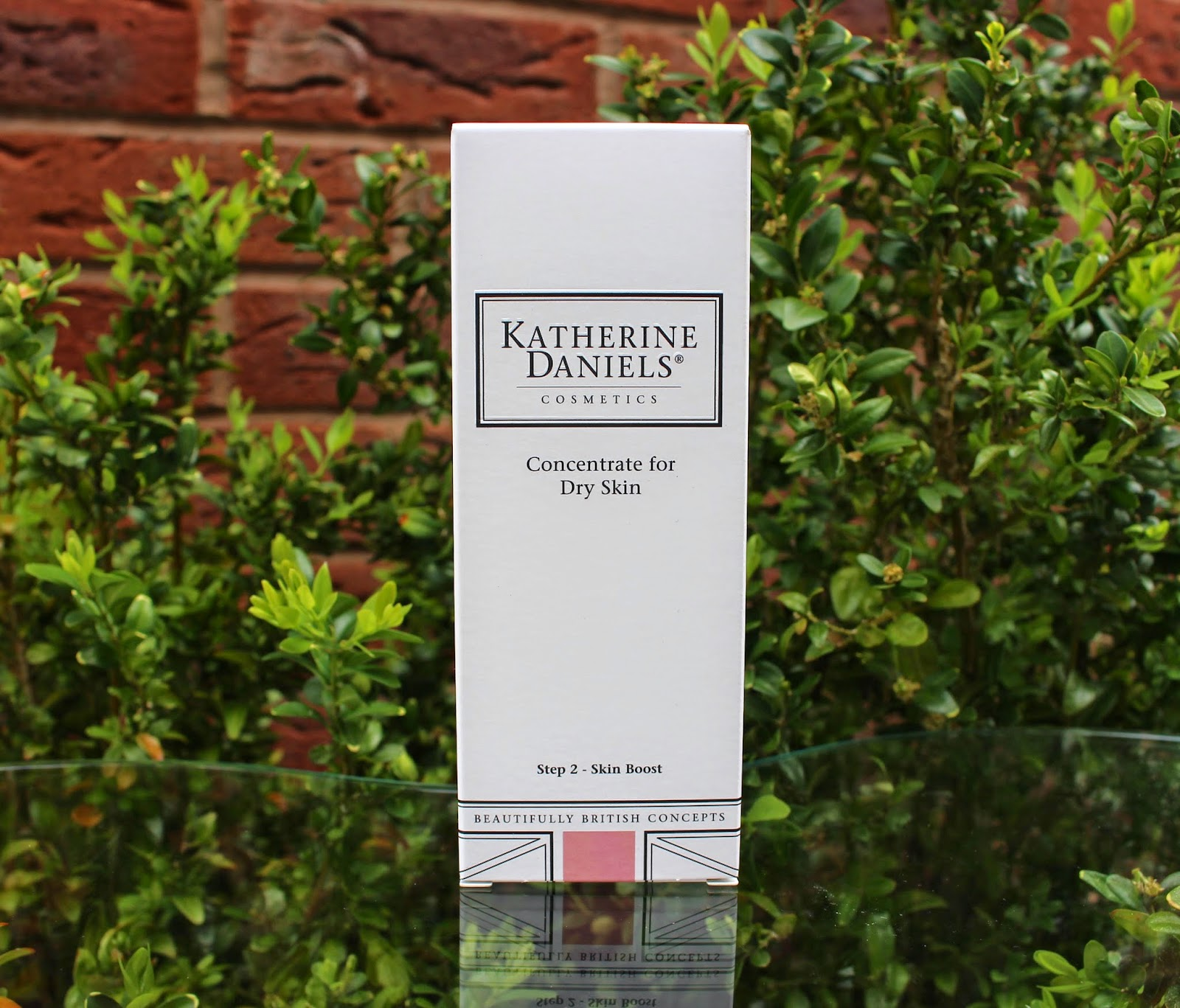 Katherine Daniels Concentrate For Dry Skin, Katherine Daniels, Concentrate For Dry Skin, uk beauty blog, uk fashion blog, dry skin, through chelsea's eyes, review,