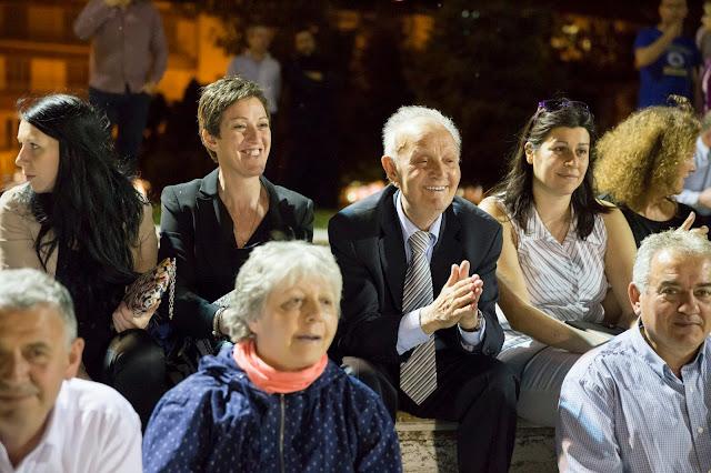 100 χρόνια  Σύνδεσμος Γουνοποιών Καστοριάς Η εκδήλωση στο πάρκο Ολυμπιακής Φλόγας για τους γουναράδες χωρίς γουναράδες!