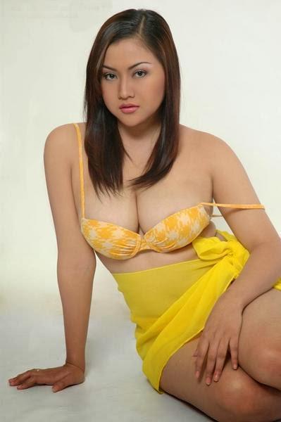 Foto Hot Tante Toket Gede dan Bokong Semok -8