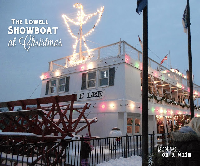 The Lowell Showboat at Christmas Time via http://deniseonawhim.blogspot.com