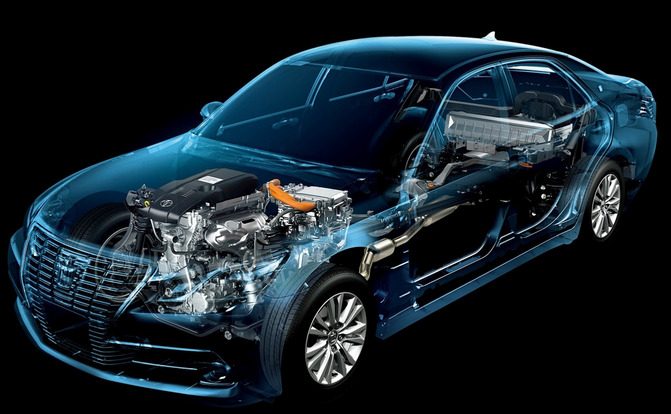 2015 toyota crown royal saloon hybrid Specifications