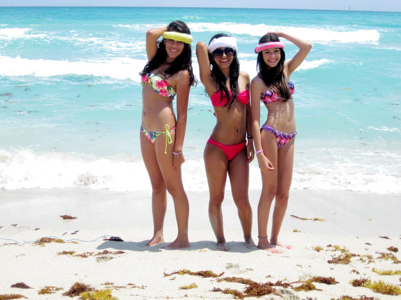 http://3.bp.blogspot.com/-euH4xAfZstM/TsPAsZ9fJ6I/AAAAAAAAPgE/sJXT1bR0ISU/s1600/Brazil-Girls-Bikini+%252810675%2529.jpg