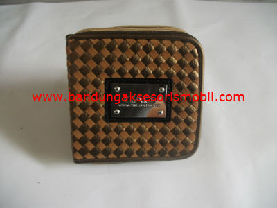 Box CD Persegi Prada Gold