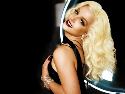 Britney Spears Latest Wallpaper-1440x1280-24