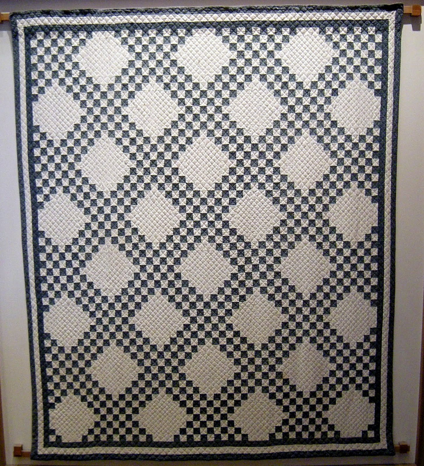 Quilt Pattern For Double Irish Chain : The Mathematical Tourist: Block Patterns in Blue and White