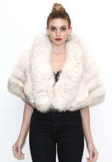 Vintage 1960's white fox fur stole